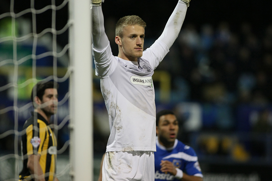 26 November 2013 - Sky Bet Football League Two - Portsmouth v Southend United - Southend goalkeeper Daniel Bentley prepares for the corner to come in. Photo: Ryan Smyth