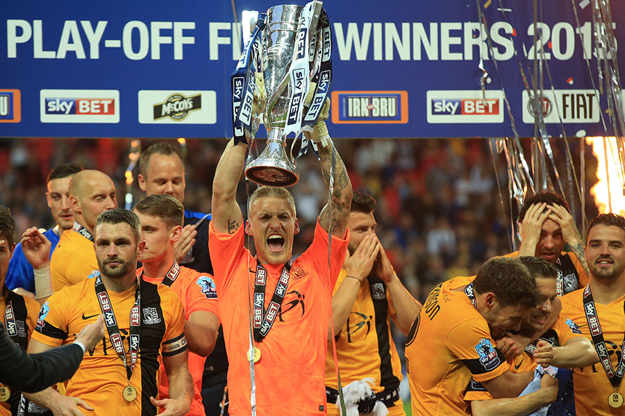 23 May 2015 - Sky Bet League 2 Play-Off Final - Southend United v Wycombe Wanderers - Daniel Bentley of Southend United celebrates promotion to league one, lifting the trophy - Photo: Marc Atkins / Offside.