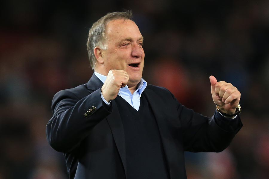 20 May 2015 - Barclays Premier League - Arsenal v Sunderland - Dick Advocaat manager / head coach of Sunderland celebrates retaining Premier League status with a 0-0 draw against Arsenal - Photo: Marc Atkins / Offside.