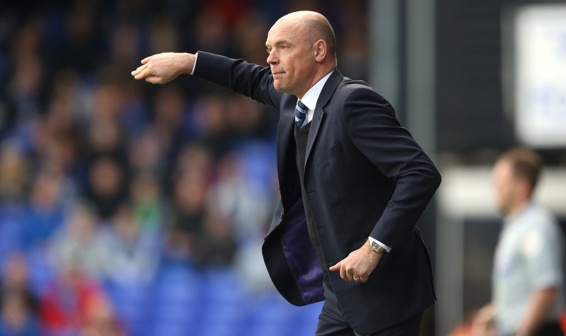 15 March 2014 Sky Bet Championship Football - Ipswich Town v Wigan Athletic -Wigan manager Uwe Rosler gives instructions from the touchline.Photo: Mark Leech.