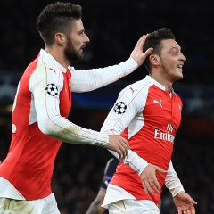 Champions League Round-up: Arsenal and Chelsea both win to keep chances alive