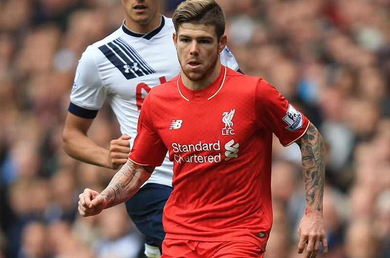 17 October 2015 - Barclays Premier League - Tottenham Hotspur v Liverpool - Alberto Moreno of Liverpool in action with Erik Lamela of Tottenham Hotspur - Photo: Marc Atkins / Offside.