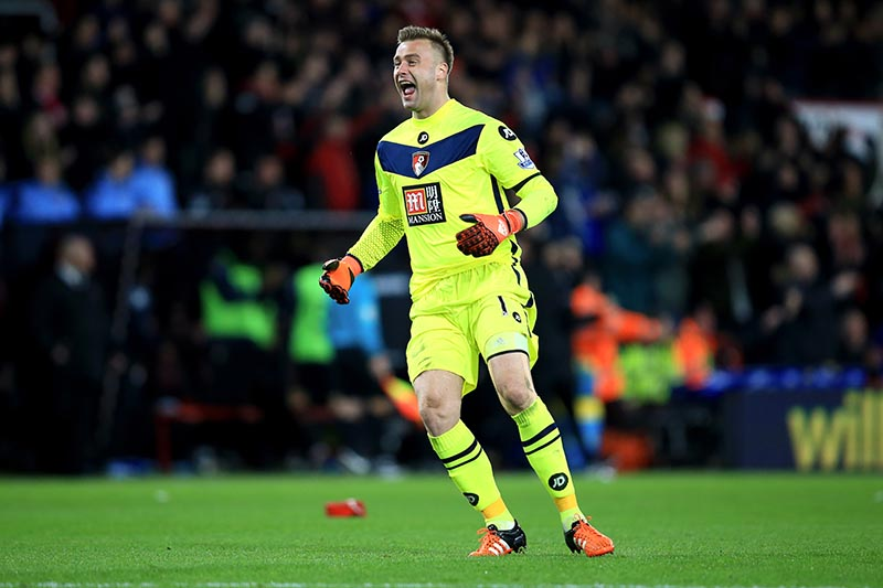 12 December 2015 - Barclays Premier League - Bournemouth v Manchester United - Artur Boruc of Bournemouth celebrates the winning goal - Photo: Marc Atkins / Offside.