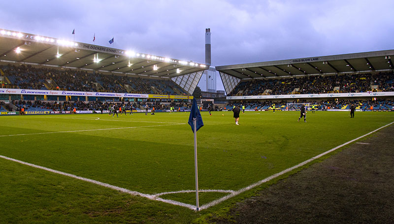 8 November 2014 - Sky Bet Championship - Millwall v Brentford Photo: Charlotte Wilson