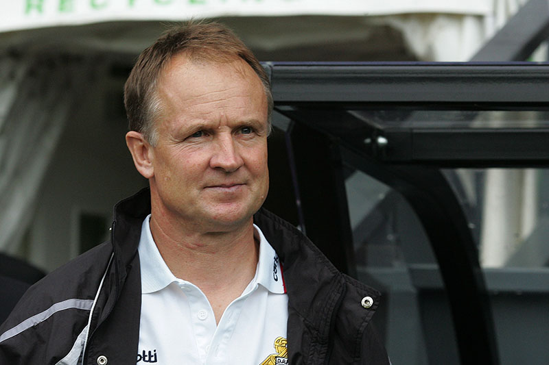 09/08/2008 Championship Football - Derby County v Doncaster Rovers. Doncaster manager Sean O'Driscoll. Photo: Matt Roberts/Offside