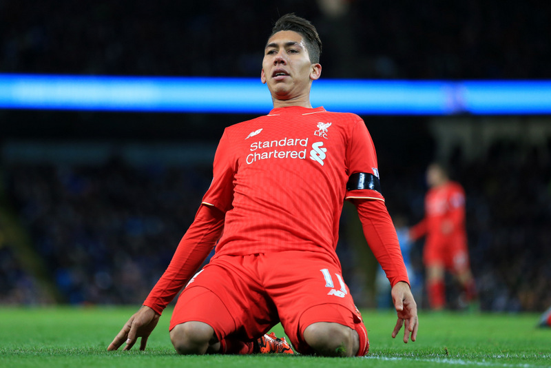 21st November 2015 - Barclays Premier League - Manchester City v Liverpool - Roberto Firmino of Liverpool slides on his knees - Photo: Simon Stacpoole / Offside.