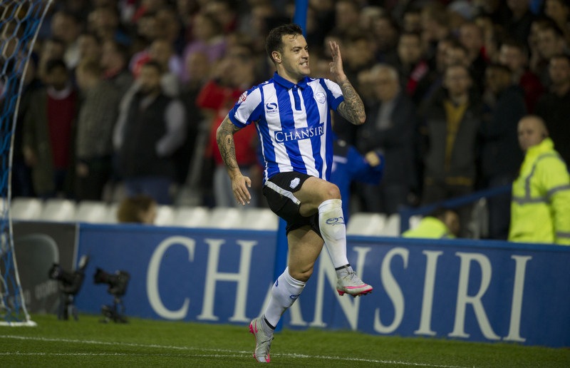 orough Sheffield 27-10-2015Pic Steve Parkin 07540051171Sheff Wed's Ross Wallace celebrates after scoring the 1st owls goal