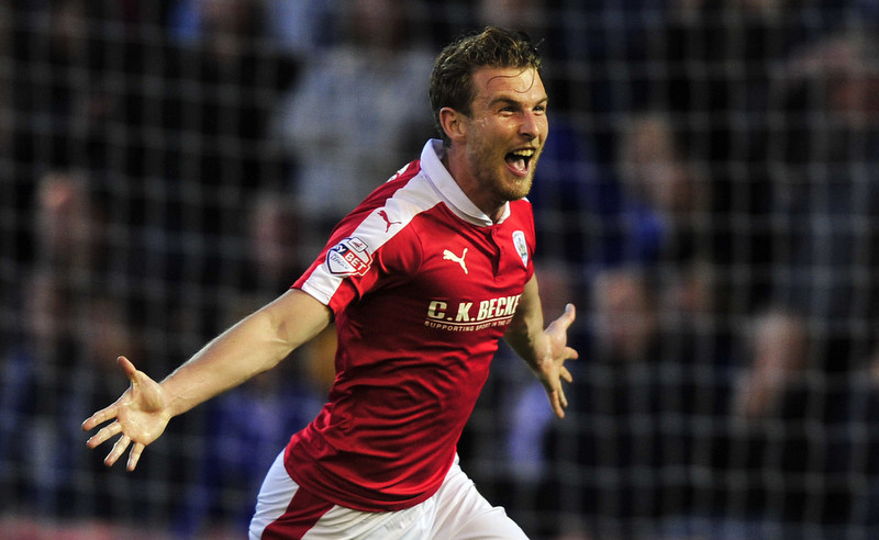 Barnsley vs Everton @Oakwell Barnsley  2nd Round League Cup, Wednesday 26th August 2015Pic Steve Parkin Barnsley's Sam Winnall celebrates after scoring the 1st goal