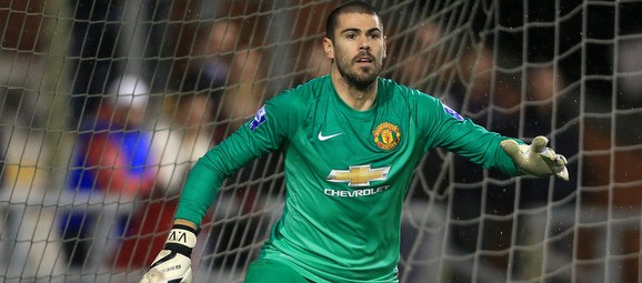 Manchester City could bring in Manchester United's 34-year-old wantaway goalkeeper
