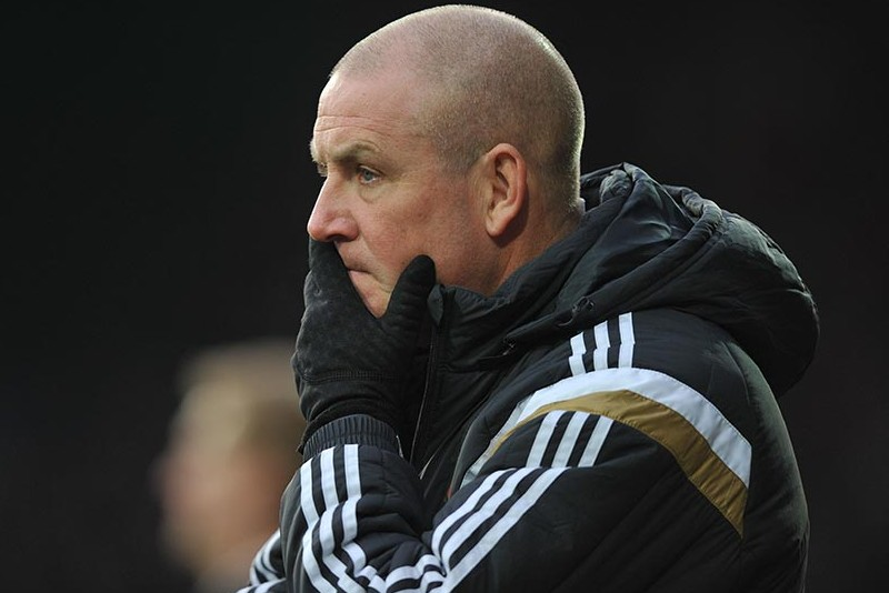 Huddersfield Town vs Brentford. Skybet Championship, 6th Dec 2014    Brentford's  Boss Mark Warburton  Photo: Steve Parkin