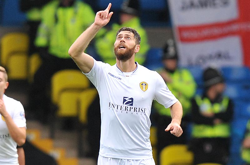 Leeds United vs Wolves , Skybet Championship 25th Oct 2014. Pic Steve Parkin  Utds Mirco Antenucci sores and celebrates his goal with Leeds Fans