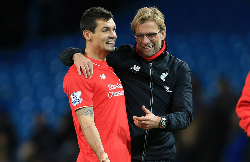 21st November 2015 - Barclays Premier League - Manchester City v Liverpool - Liverpool manager Jurgen Klopp hugs Dejan Lovren of Liverpool after the match - Photo: Simon Stacpoole / Offside.