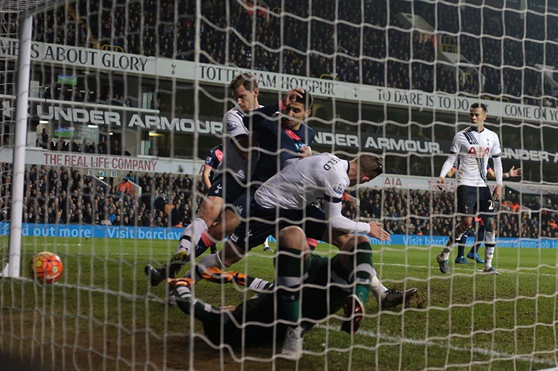 13 December 2015 Premier League Football - Tottenham Hotspur v Newcastle United; Aleksandar Mitrovic scores for United (1-1) Photo: Mark Leech.