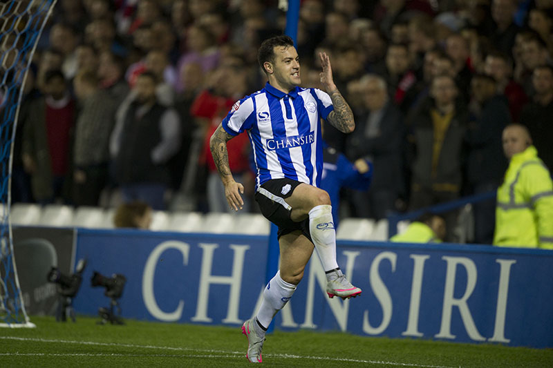 Sheffield Wednesday vs Arsenal, Captial One  Cup, @Hillsborough Sheffield 27-10-2015 Pic Steve Parkin 07540051171 Sheff Wed's Ross Wallace celebrates after scoring the 1st owls goal