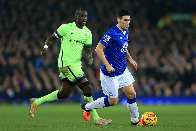 6th January 2016 - Capital One Cup - Semi-Final (1st Leg) - Everton v Manchester City - Gareth Barry of Everton battles with Yaya Toure of Man City - Photo: Simon Stacpoole / Offside.