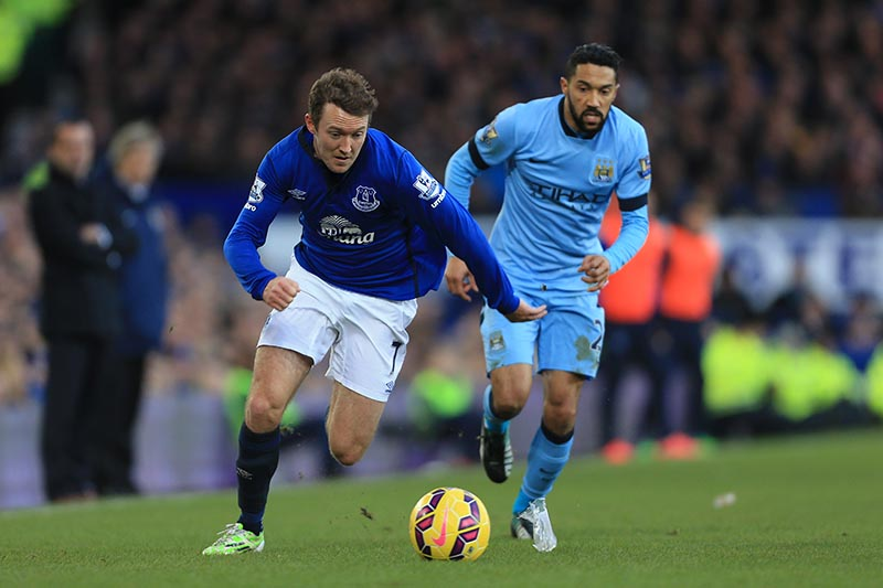 10th January 2015 - Barclays Premier League - Everton v Manchester City - Aiden McGeady of Everton gets away from Gael Clichy of Man City - Photo: Simon Stacpoole / Offside.