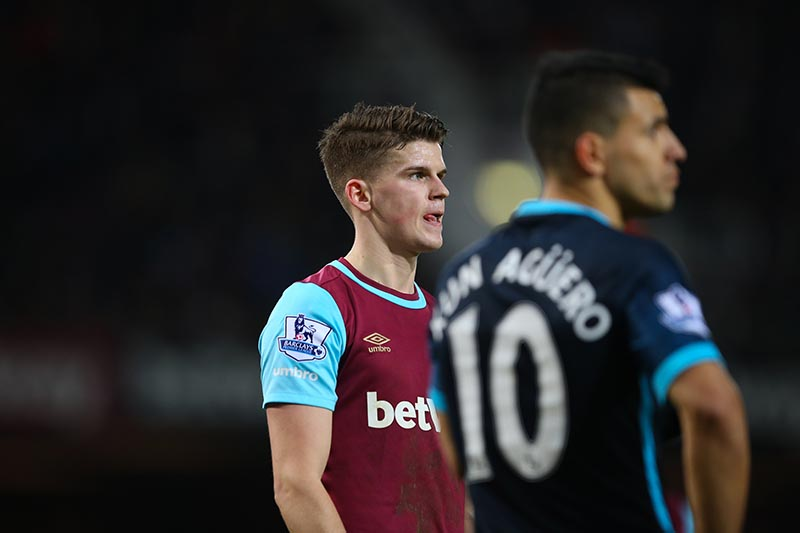 23 January 2016 - Barclays Premier League - West Ham v Manchester City - Sam Byram of West Ham marking Sergio Aguero of Manchester City - Photo: Marc Atkins / Offside.